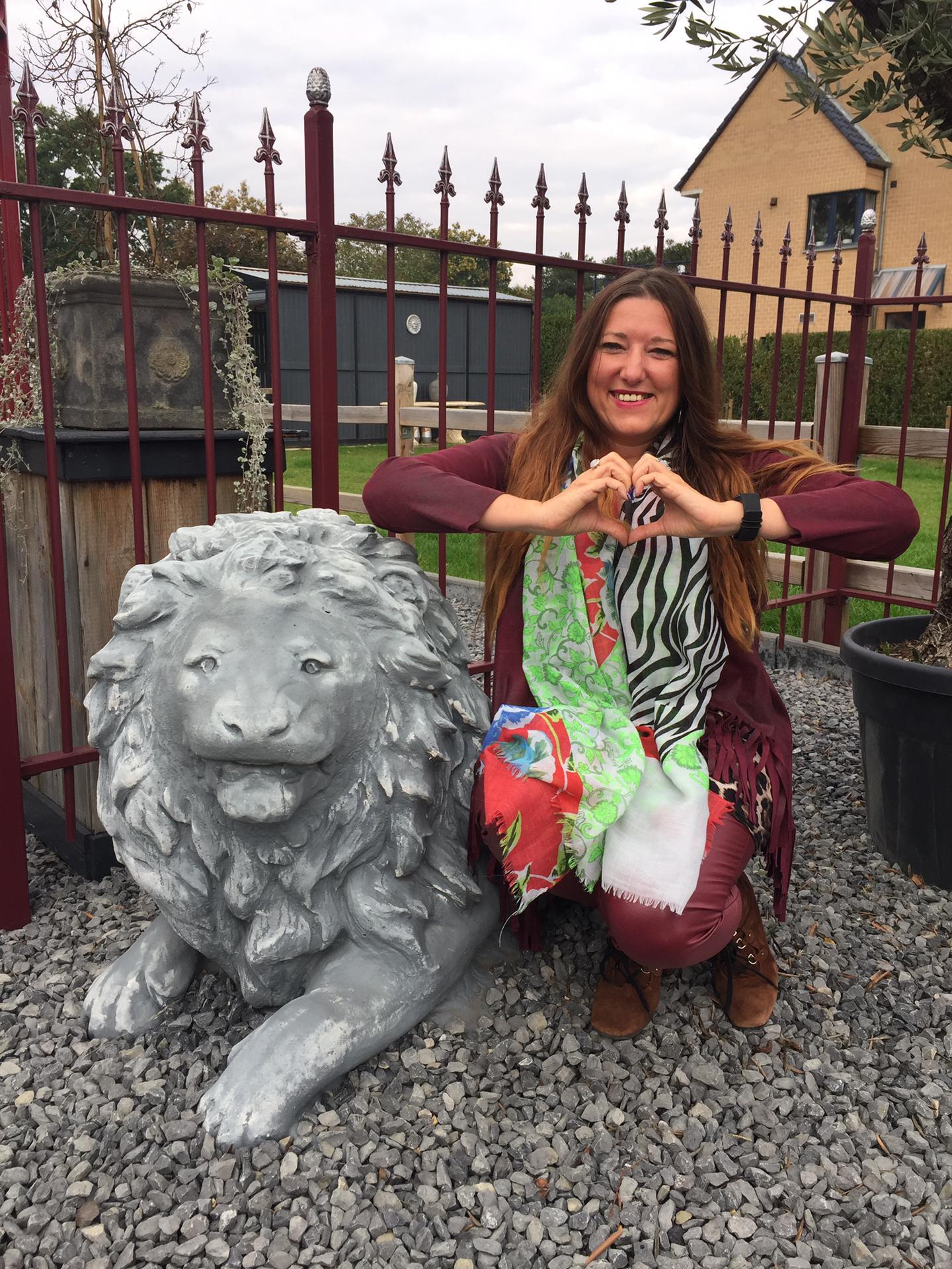 Cindy met leeuw